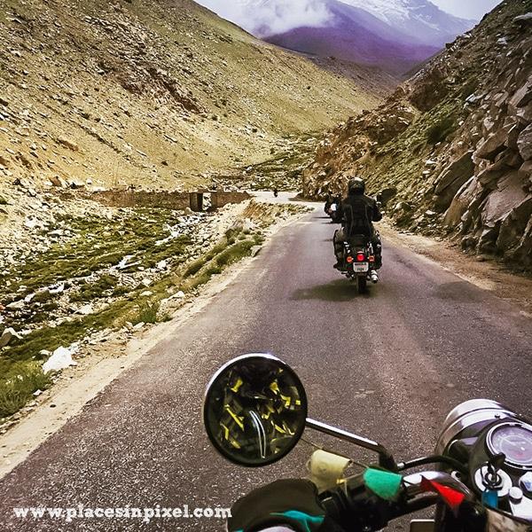 exploring leh ladakh on bike